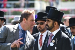 CHARLIE APPLEBY DEBRIEFS SHEIKH MOHAMMED AFTER OLD PERSIAN WIN.ASCOT 23-6-18.©George Selwyn  07967 030722 email: george@georgeselwyn.co.uk Vat no:3308110 05